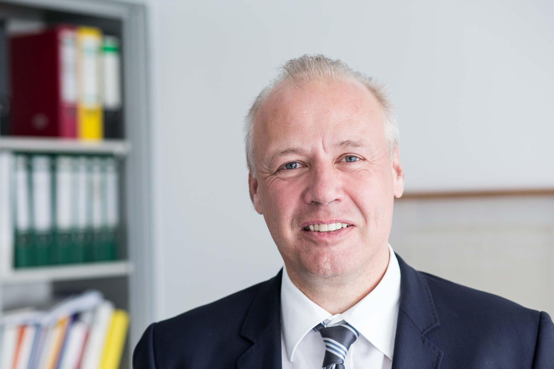 Dr. Andreas Vierhaus gen. Schulte-Vels